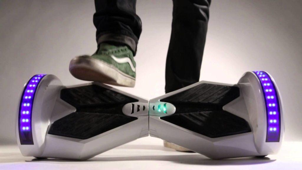 Hoverboard, o solutie pentru transportul viitorului?